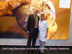 chef lissy benavides y direktor de la akademia alemana de panaderia jpg sign ok